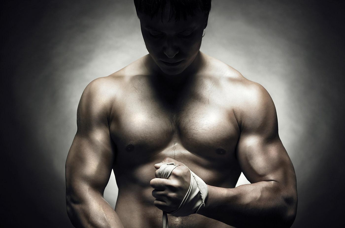 Este posibil sa dezvolti masa musculara si sa slabesti in acelasi timp?